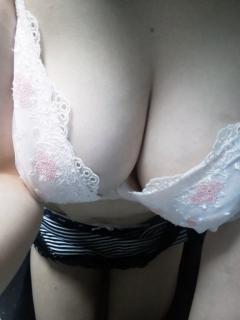 ◆即★店長お勧め★綺麗でEカップ美乳★清楚で超敏感★